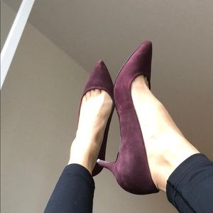 Nine West maroon suede kitten heels
